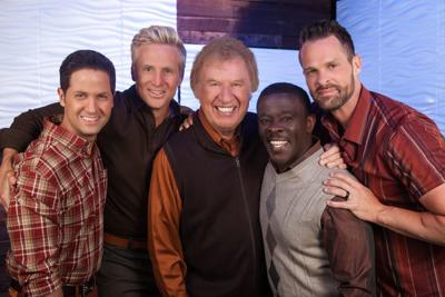 Gaither Homecoming Christmas show makes West Michigan stop