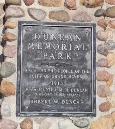Duncan Sign