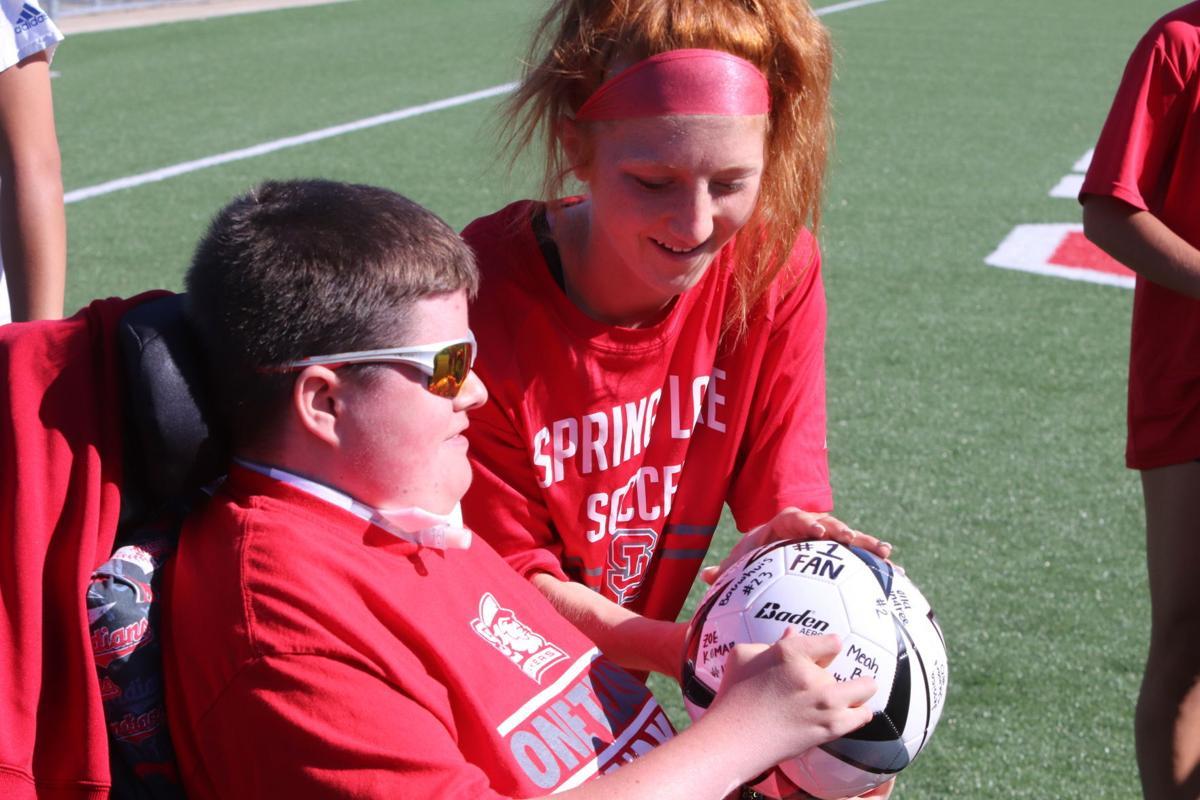 SL soccer fan 2