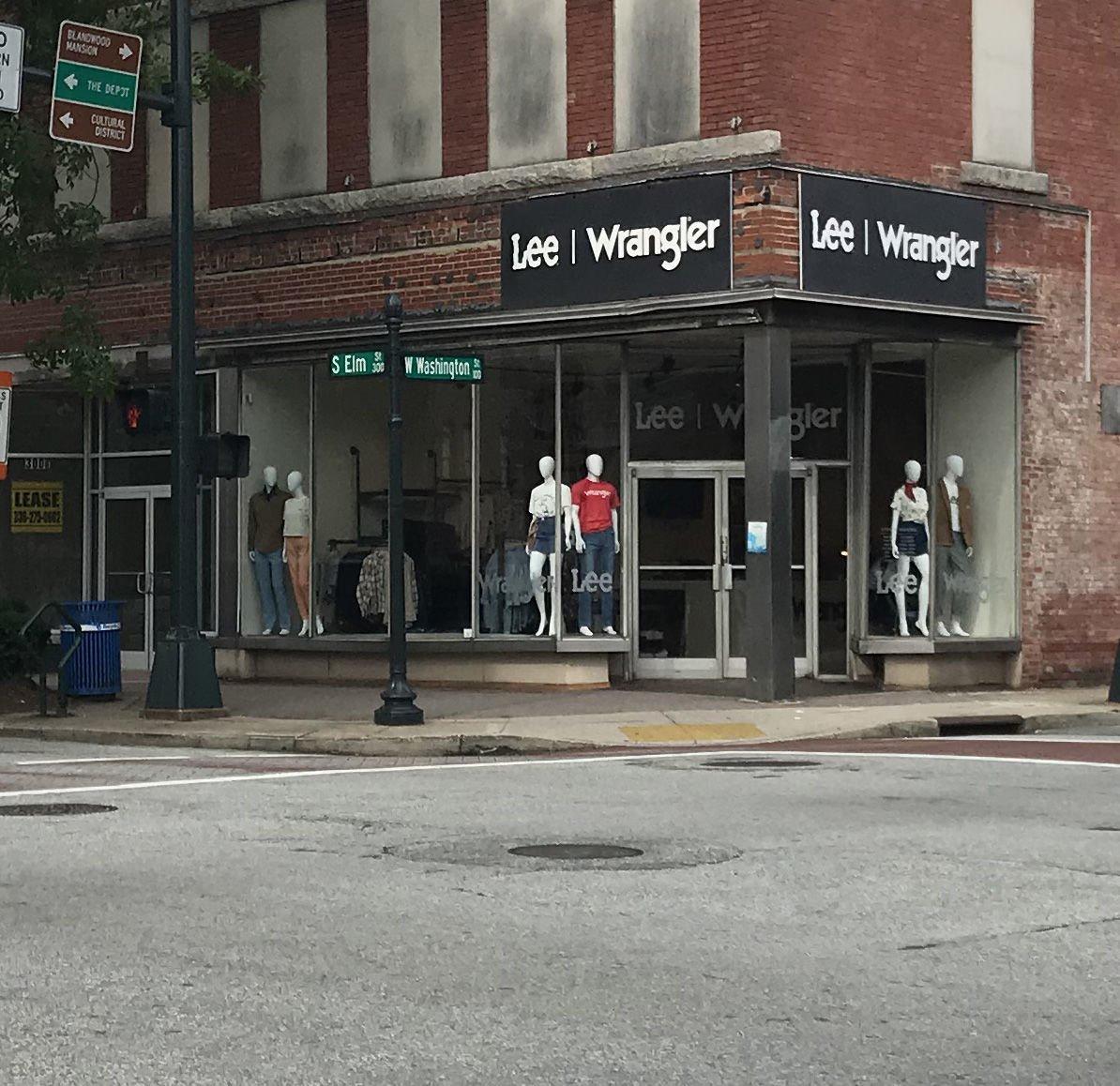 Lee Wrangler Store