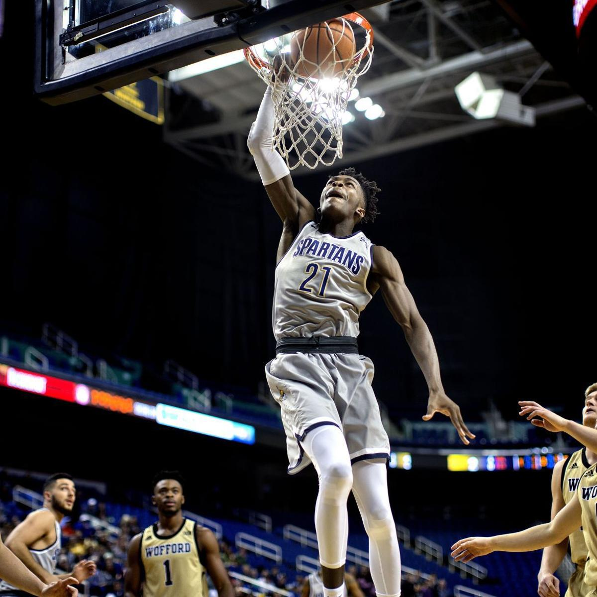 Marvin Smith's defense keys UNCG comeback win over Wofford
