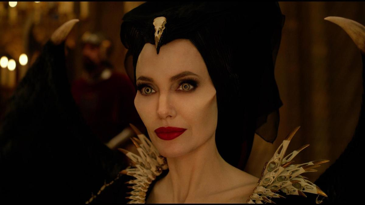 Movie Review Maleficent Mistress Of Evil Undermines
