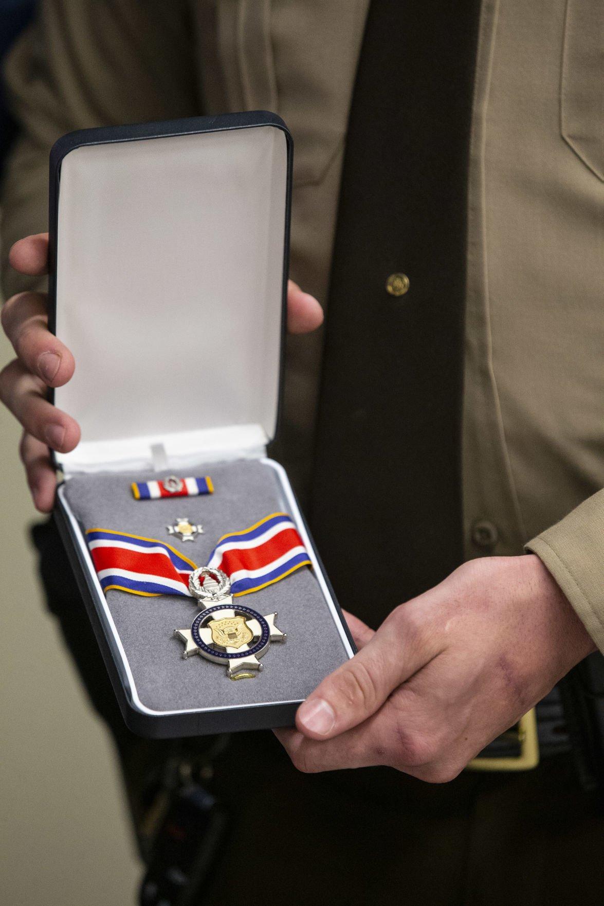 Deputy receives badge of bravery (copy) (copy)