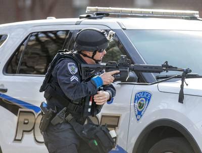 20180202g_nws_uncg_drill_police gear