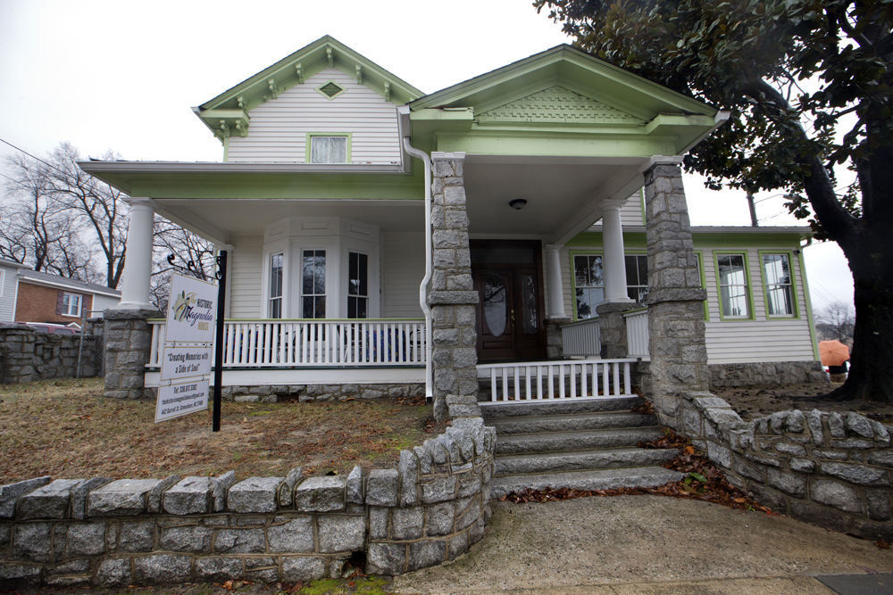 Historic homes Greensboro -Nancy McLaughlin (copy)