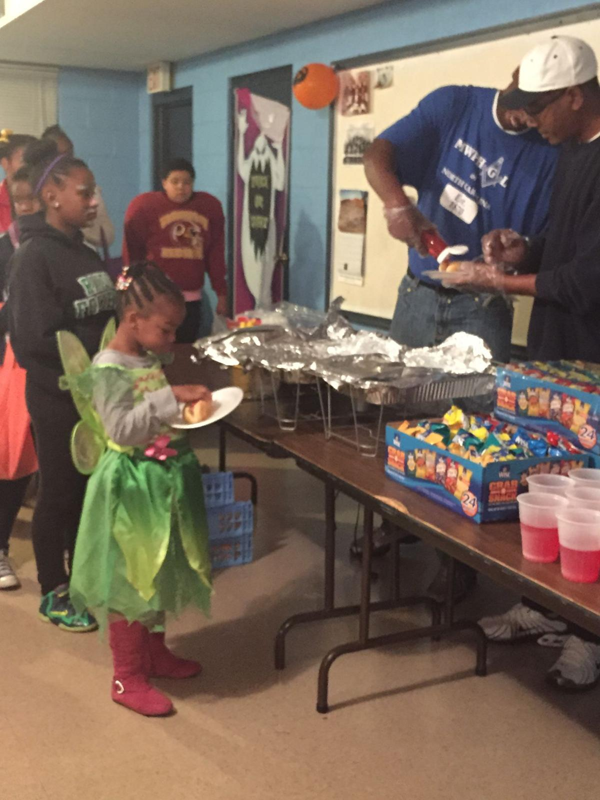 Masonic Lodge gives Halloween Party to community children   Eden ...