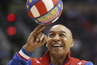 Obit-Globetrotters-Neal Basketball