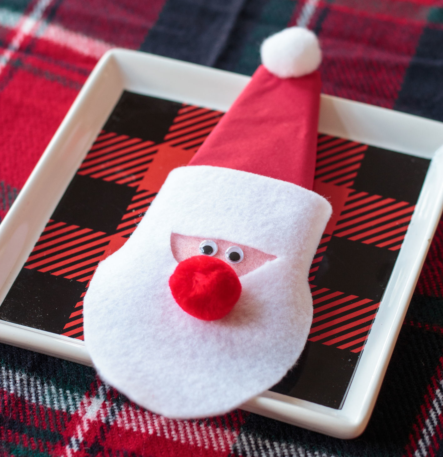 Christmas Craft Santa Napkin Rings Bring Ho Ho Holiday Cheer To The Table Lifestyles Greensboro Com