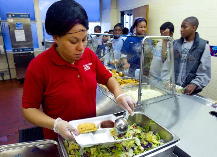 Guilford County Schools lunch program turns a profi t  (copy)