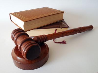 Law school legal education gavel law books generic