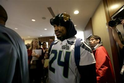 Video Seattles Marshawn Lynch A Man Of Few Words Quotes Pro