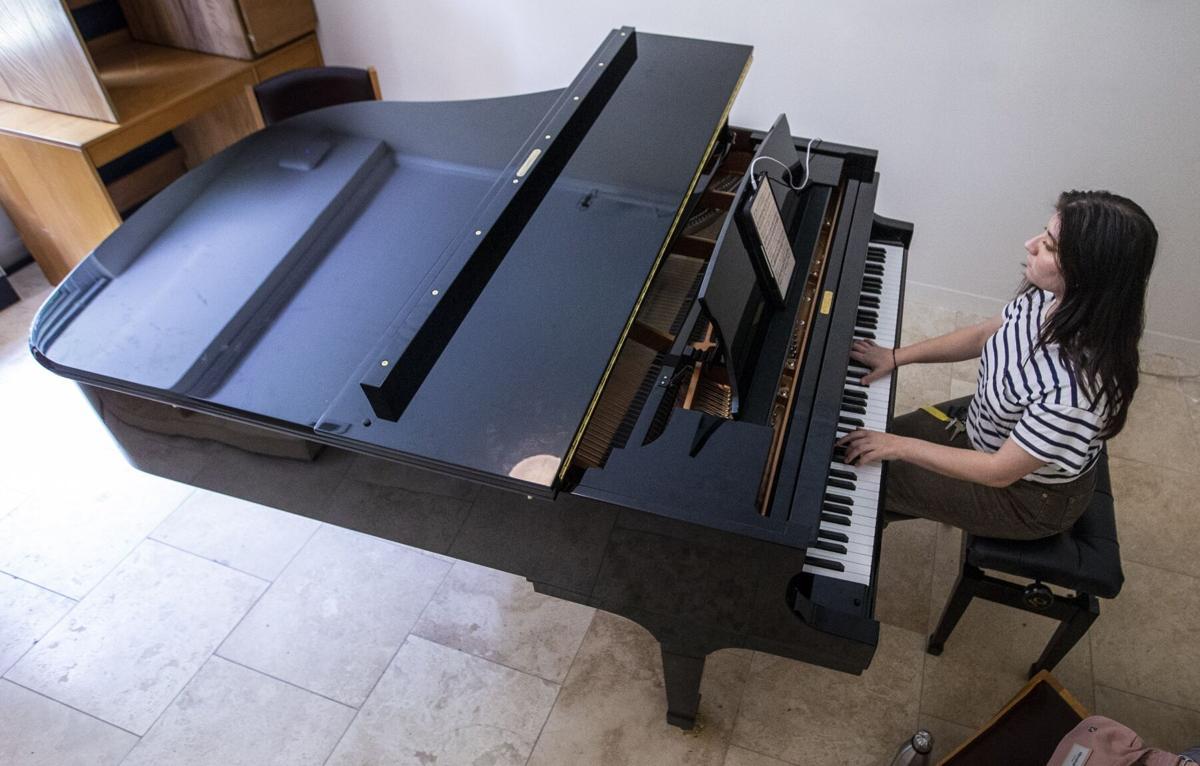 EMF Pianist