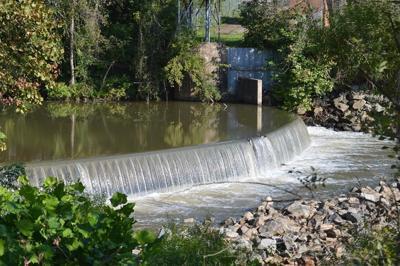 Lindsey Bridge Dam