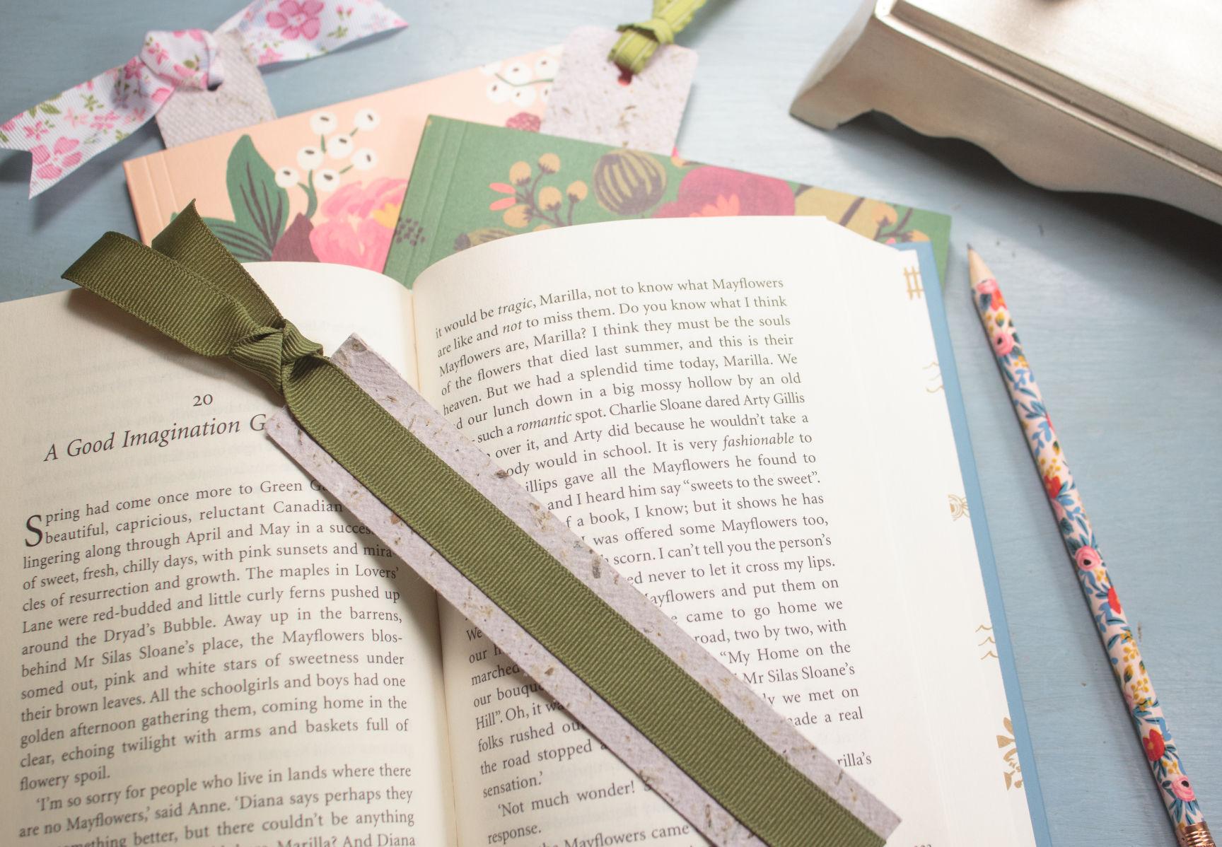Motheru0027s Day crafts Handmade paper and tissue paper