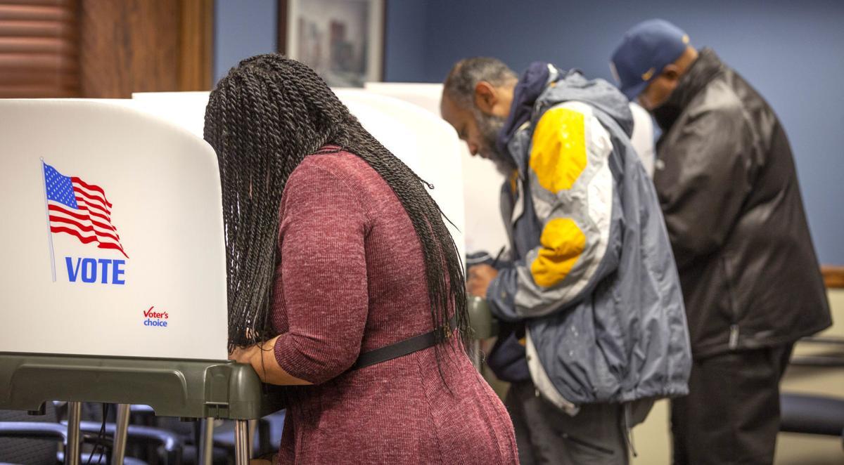 Early voting kicks off (copy)