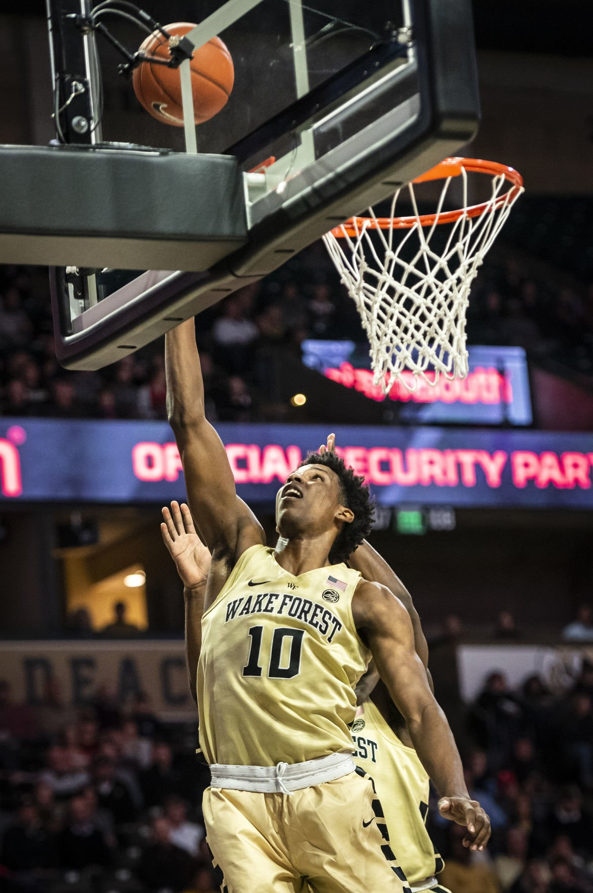 Wake Forest basketball snaps 5-game losing streak with OT