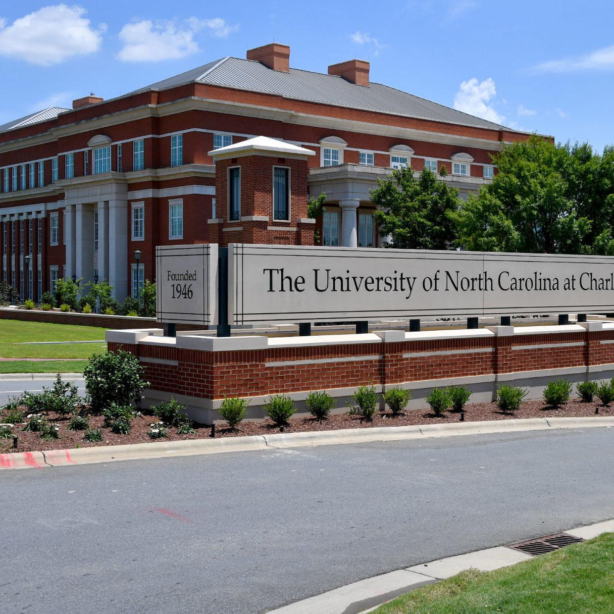 UNC Charlotte chancellor to retire in 2020 | Education