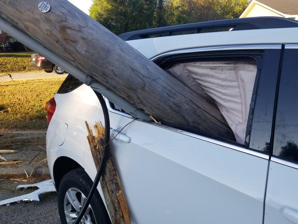 car with pole.jpg