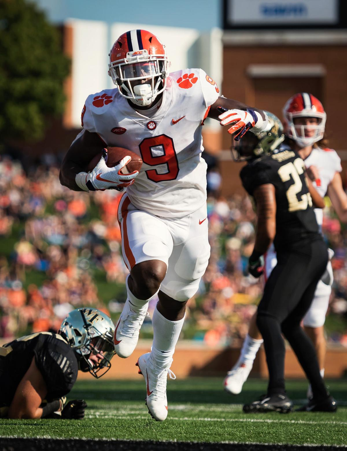 Photos Wake Forest Football Falls 63 3 To Clemson