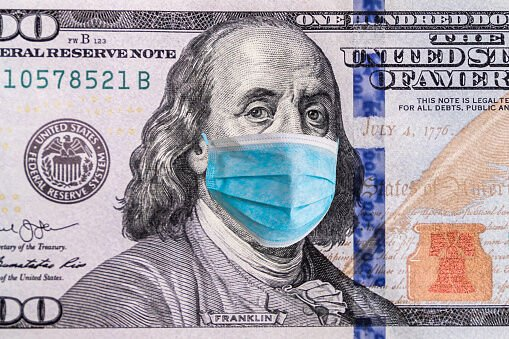 US quarantine, 100 dollar banknote with medical mask WEB ONLY