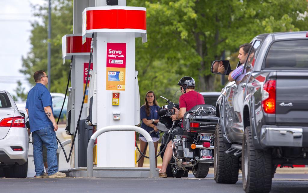 Pipeline leak causes gas shortages   Gnr   greensboro com