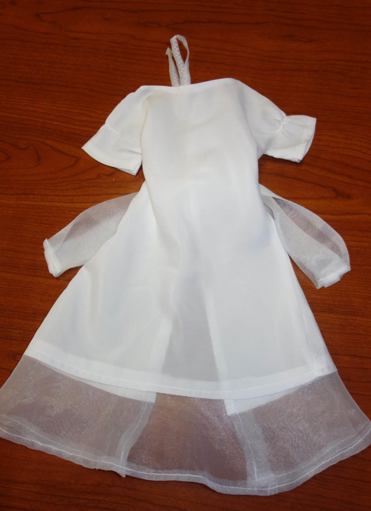 Volunteer: Kristy Jackson\'s wedding dress transformed into Angel ...