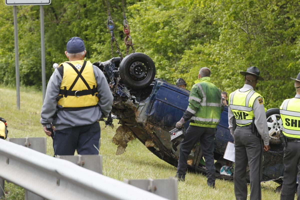 Fatal wreck car 050115