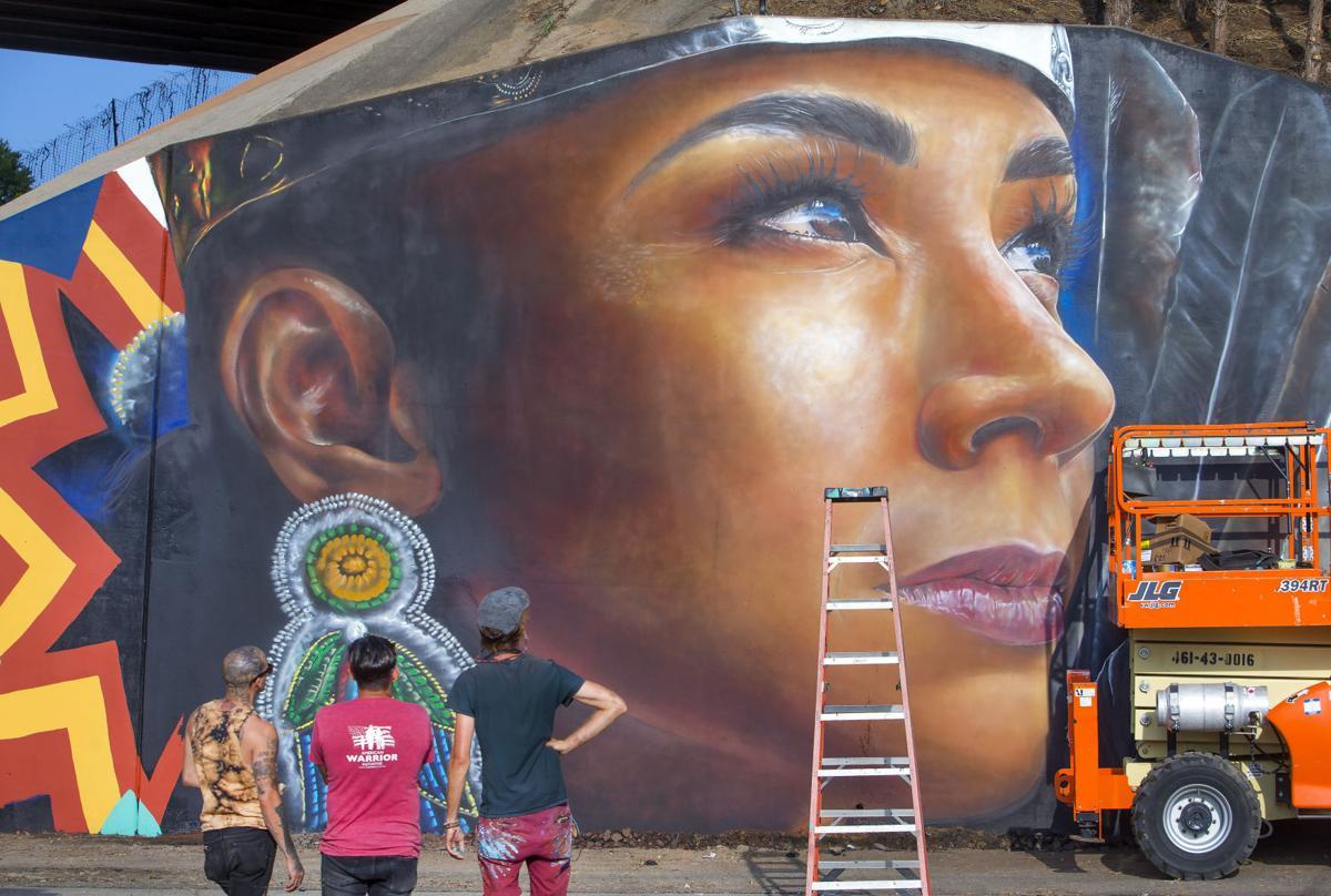 Murals at Eugene Street overpass