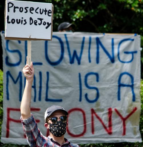 Louis DeJoy Protest (copy)