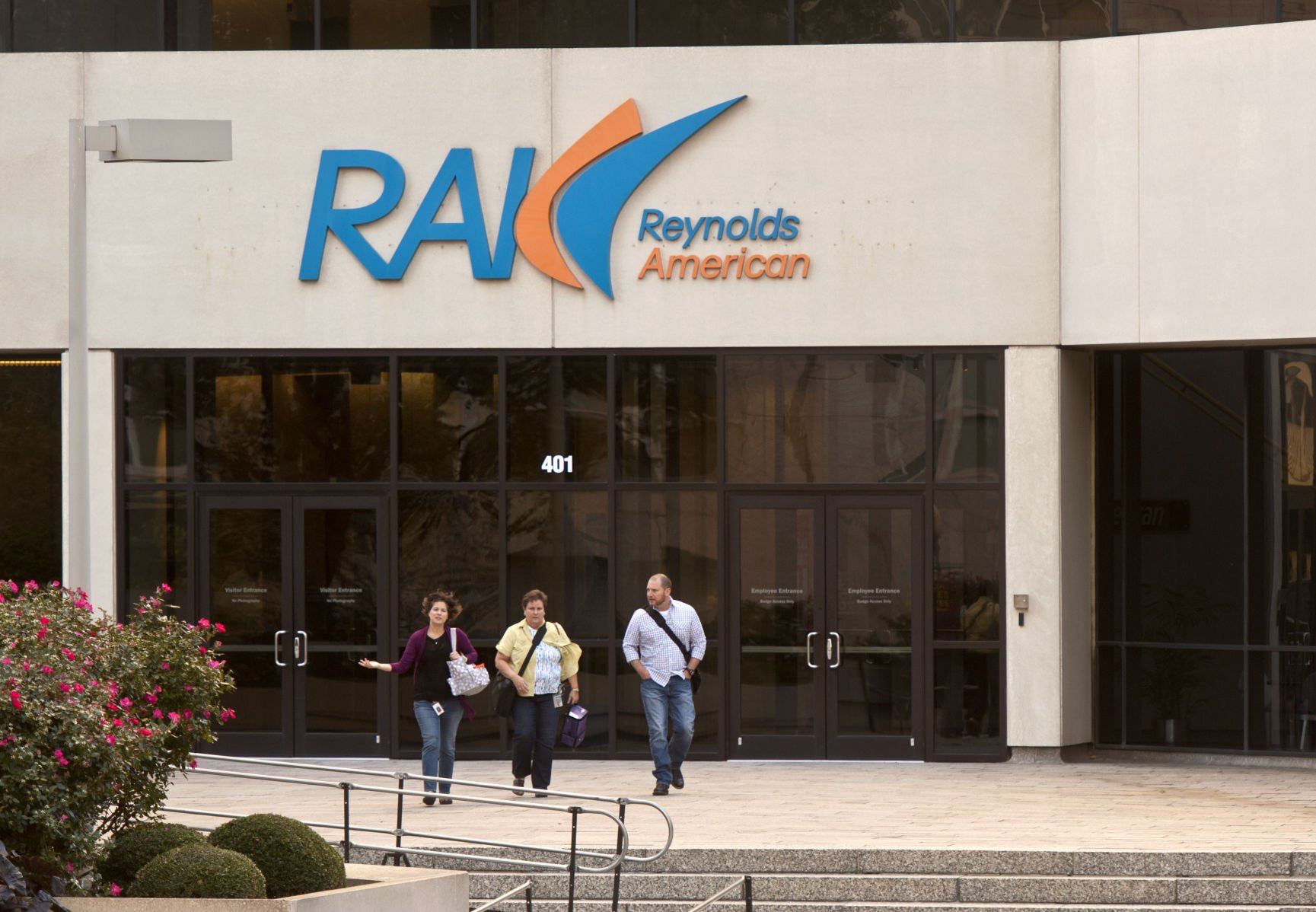 The Reynolds American Inc (RAI) Stake Maintained by Sanders Morris Harris LLC