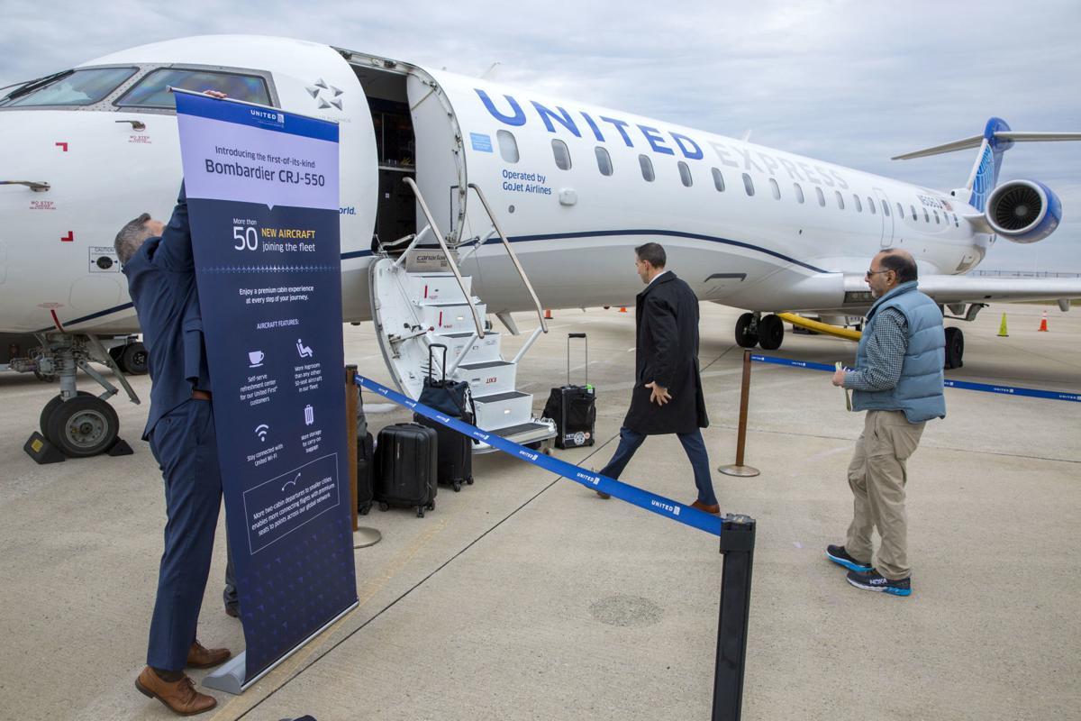 United S Regional Jet Brings New First Class Service To Pti Local News Greensboro Com