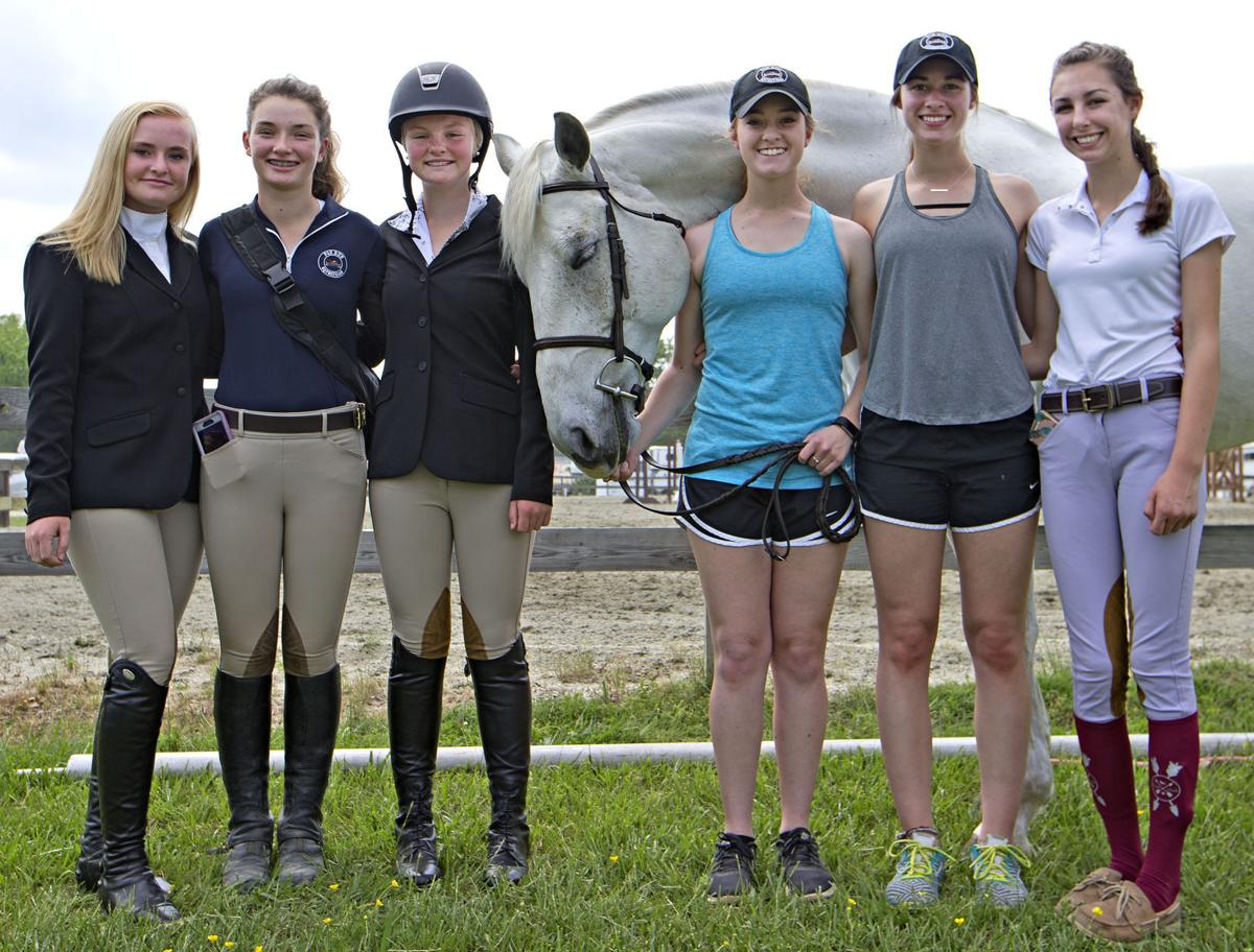 Riding others' horses adds challenge for equestrian team ...