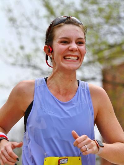 Runners: Lindsay Kremer
