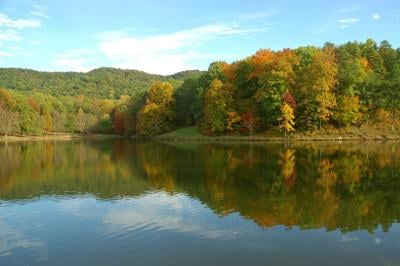 "Georgia State Parks' ""Leaf Watch"" provides travel tips for leaf peepers"