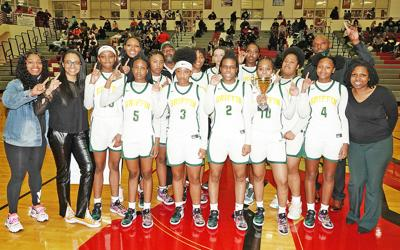 Lady Bears wins 2nd region championship in 3 years