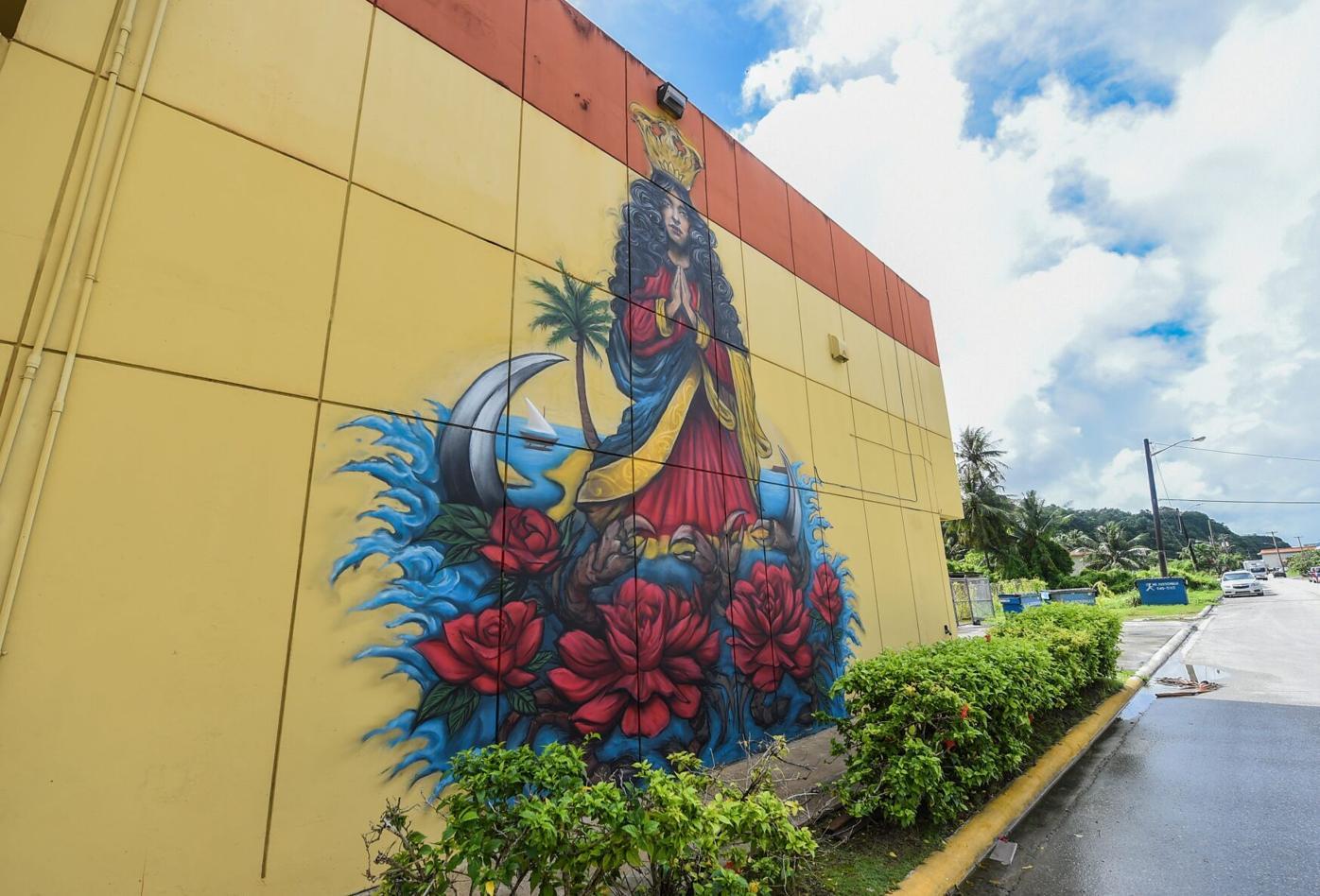 Santa Marian Kamalen Mural 01