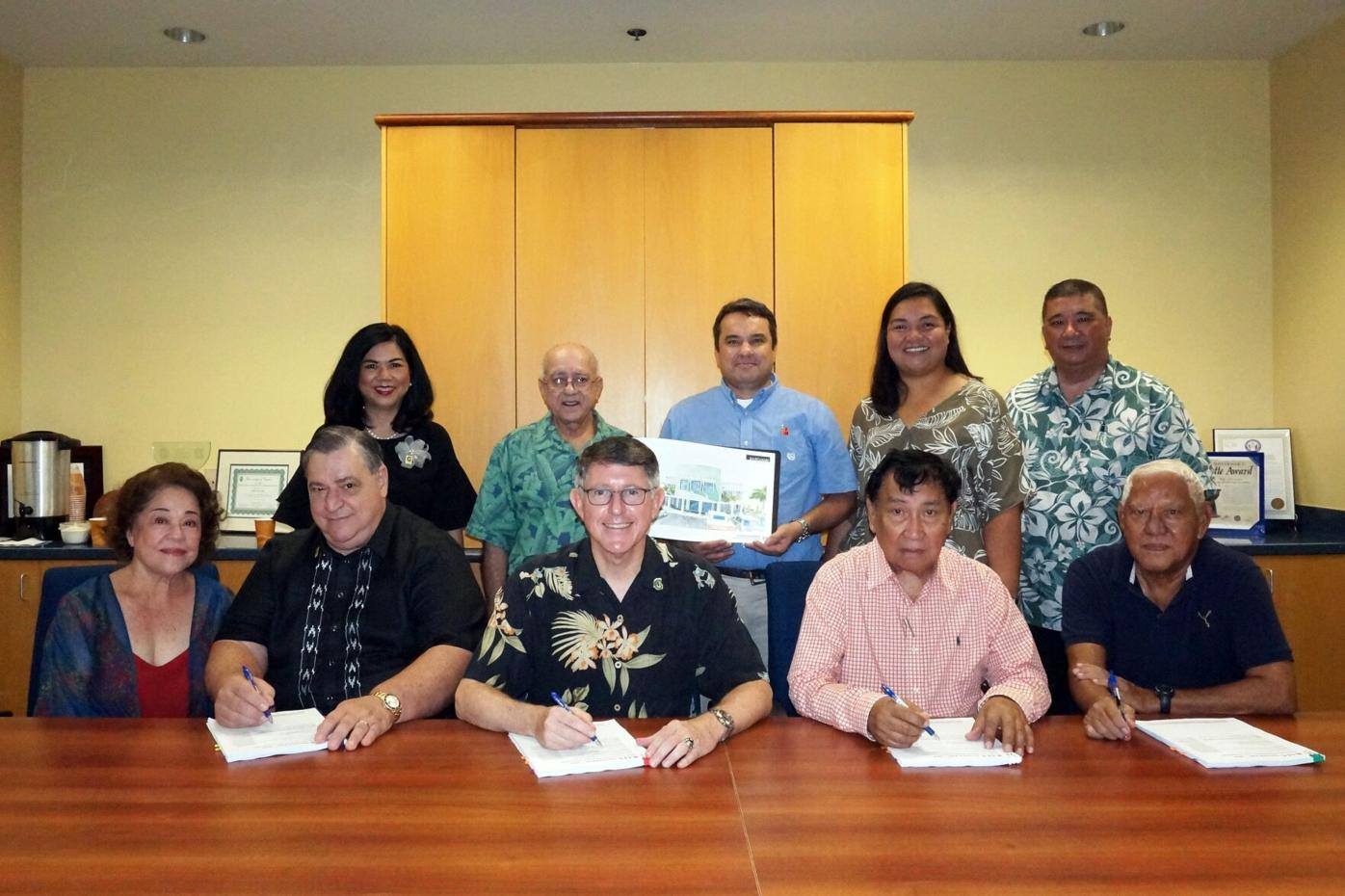 2018 Seng Contract Signing