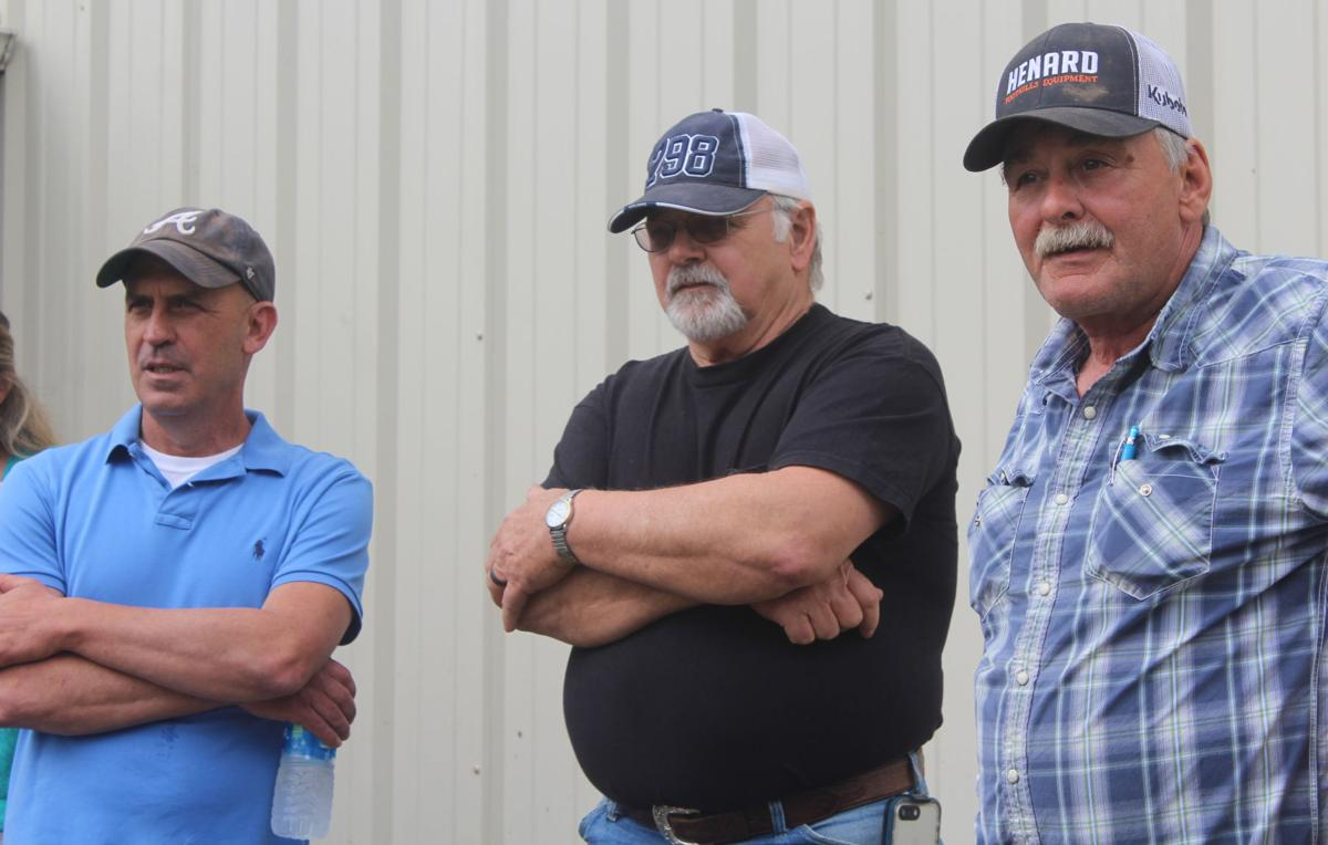 Pipeliners in Bald Knob