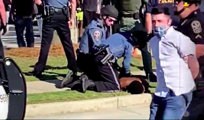 Arrests at Sugarloaf Mills.jpg