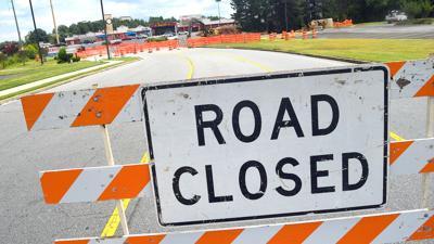 Water main break causes road closure on Buford Highway in Suwanee