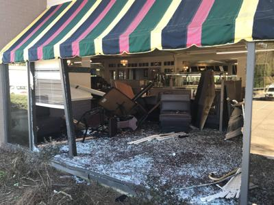 Man dead, another injured after car crashes into Snellville restaurant