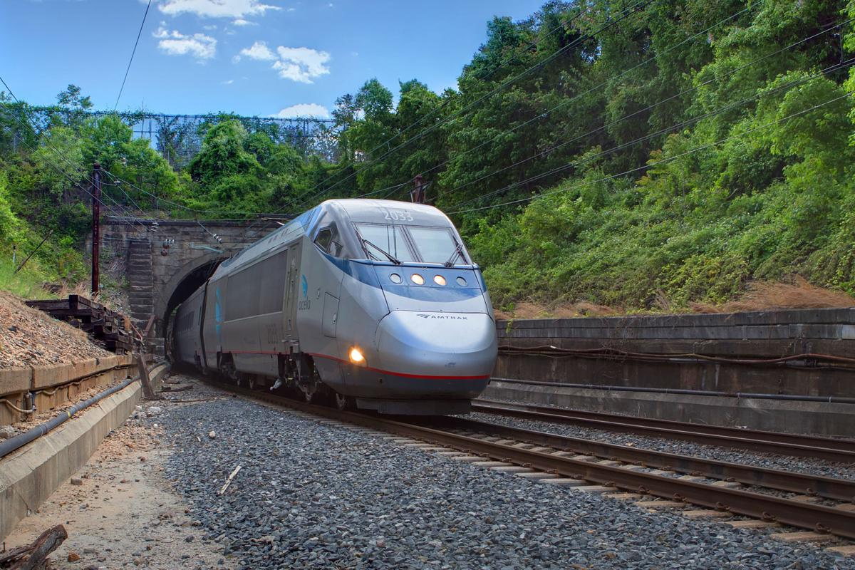 Acela at B&P Tunnel