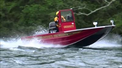 Gwinnett firefighters pull Settles Bridge jumper from Chattahoochee River