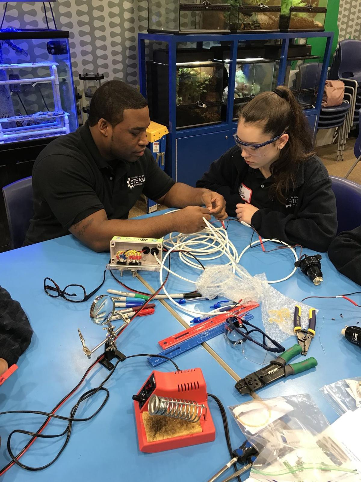 girls from sweetwater middle put their stem skills to work