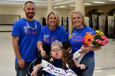 Peachtree Ridge sophomore hosts inaugural pageant for girls with disabilities