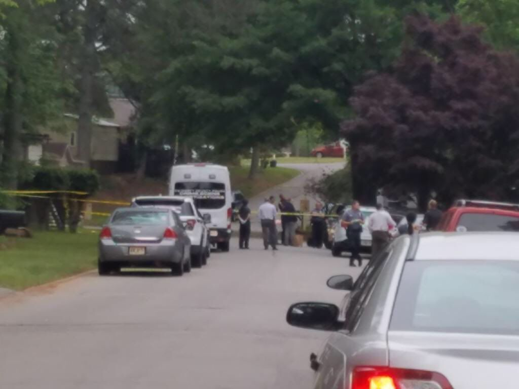 Police: 27-year-old father of two shot dead in driveway of