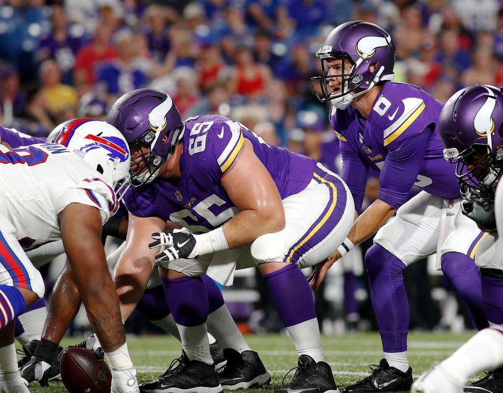 heinicke helps lift vikings over bills