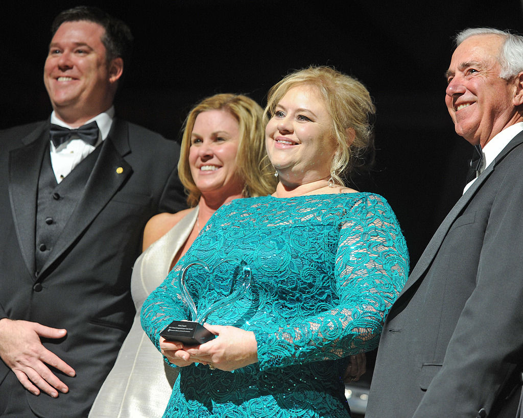 Jim Ellis Gmc >> Vince Gill, GMC Foundation entertain annual donors | Multimedia | gwinnettdailypost.com