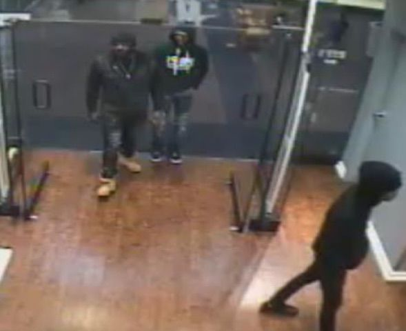 40704c6c Shoplifters who allegedly stole $2,800 in Tommy Hilfiger coats sought by  police