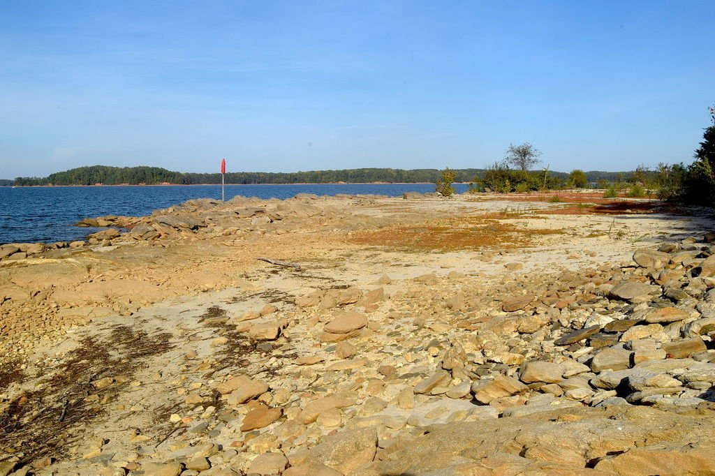 Nathan Deal raises drought response in Gwinnett